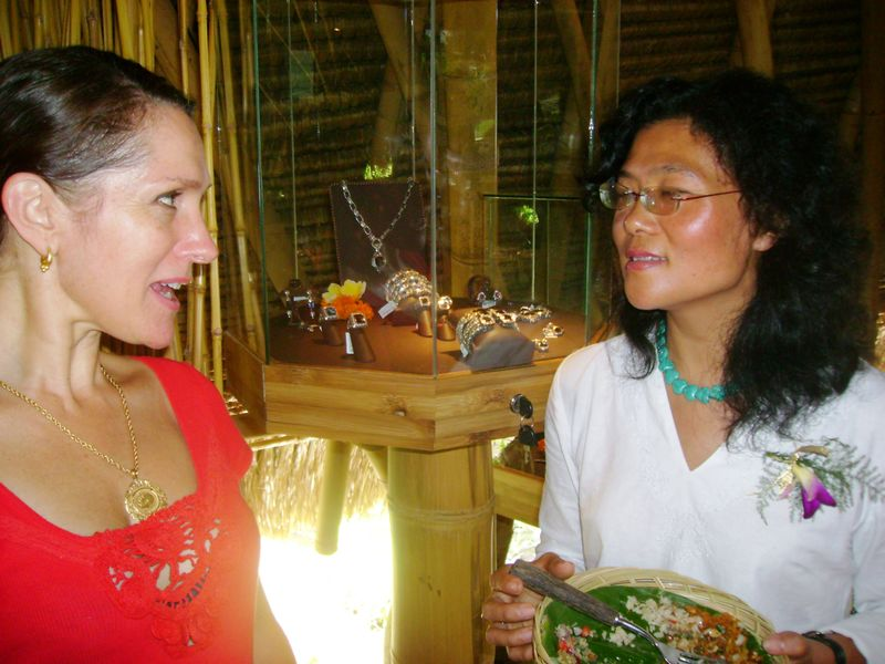 Intense discussion Janet and Lijia