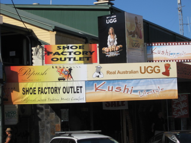 Byron Bay shops