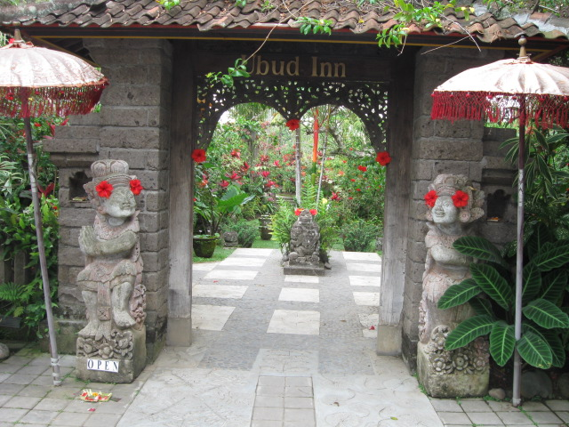 Ubud Inn entrance