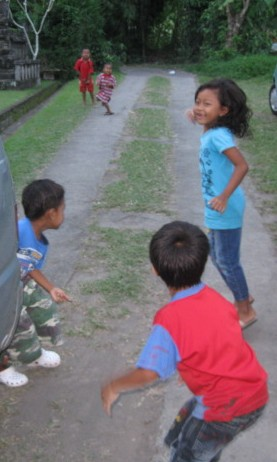 Bali kids playing