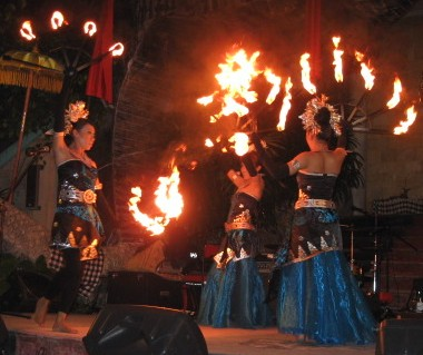 Firedancers at closing night